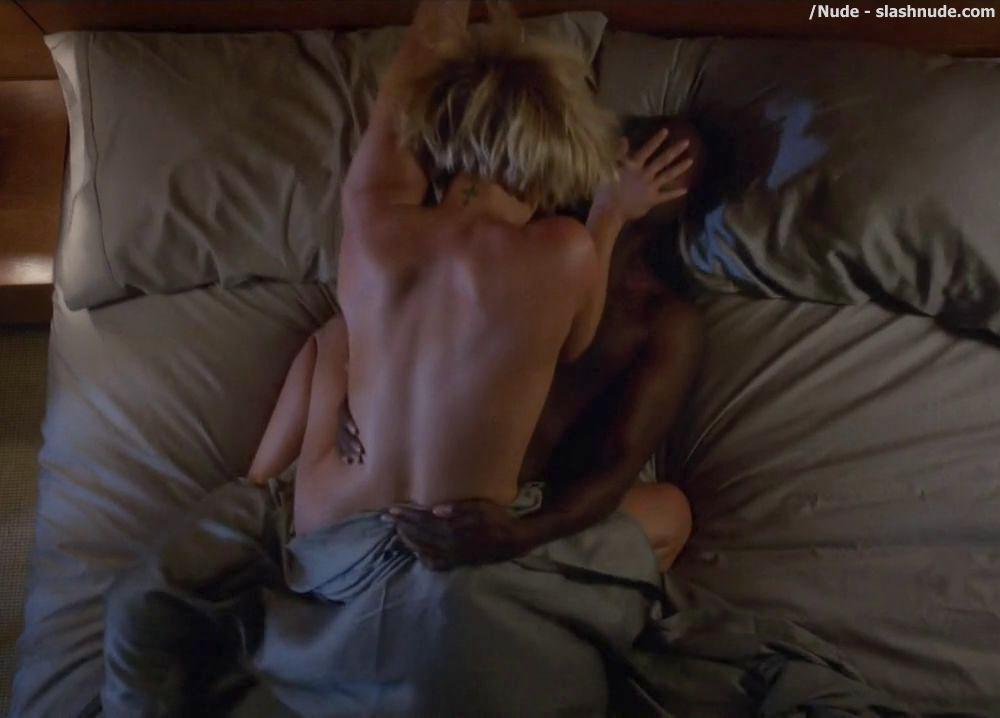 Nicky Whelan Nude Sex Scene On House Of Lies 5