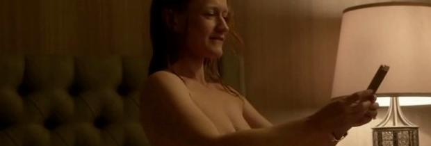 paula malcomson topless for selfie on ray donovan 4140
