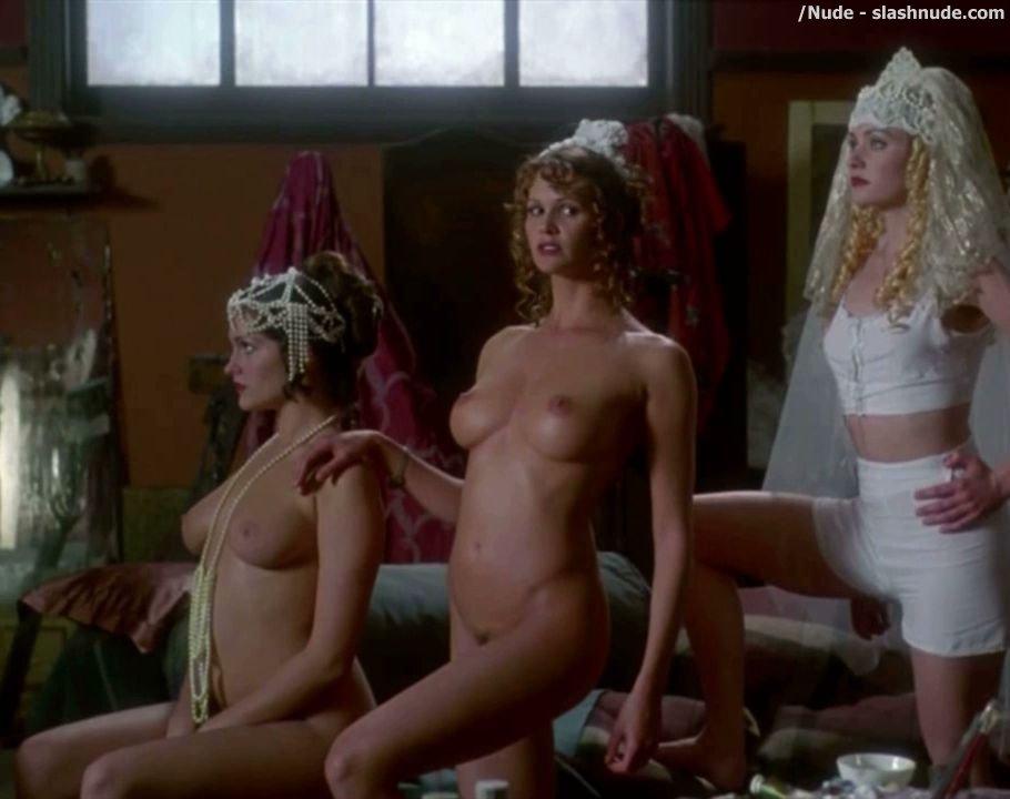 Elle macpherson nude sirens — photo 8