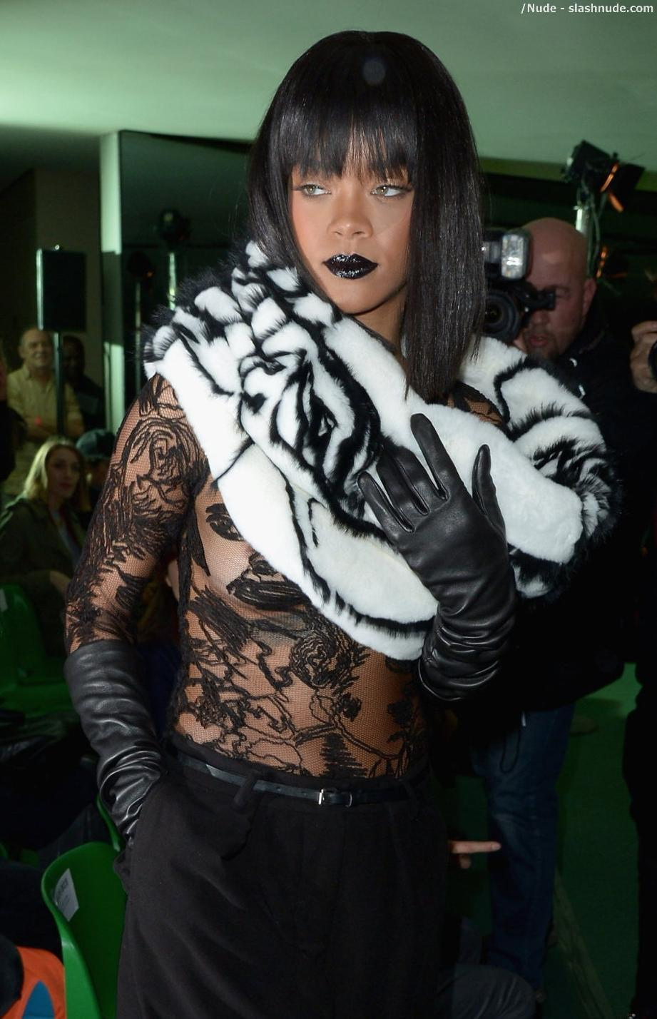Apologise, Rihanna see through paris