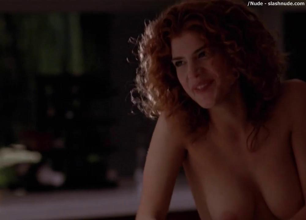Sydney nude Robin