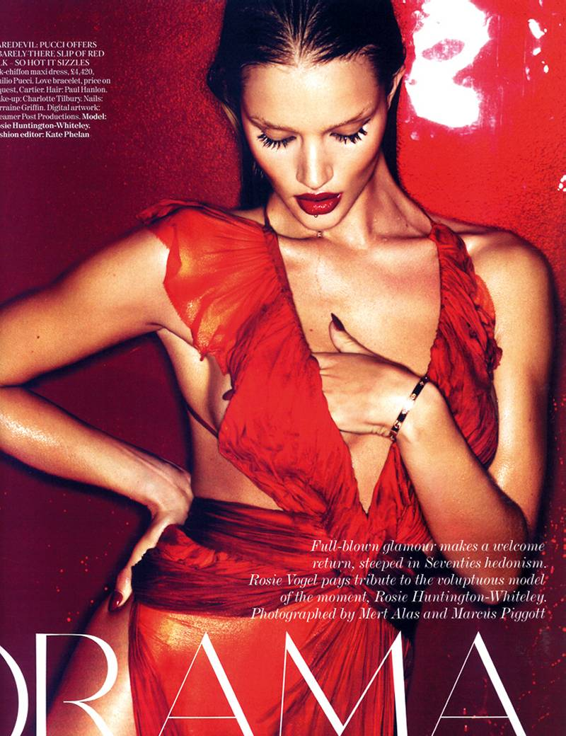 Rosie Huntington Whiteley Topless For A Rosy Future 3