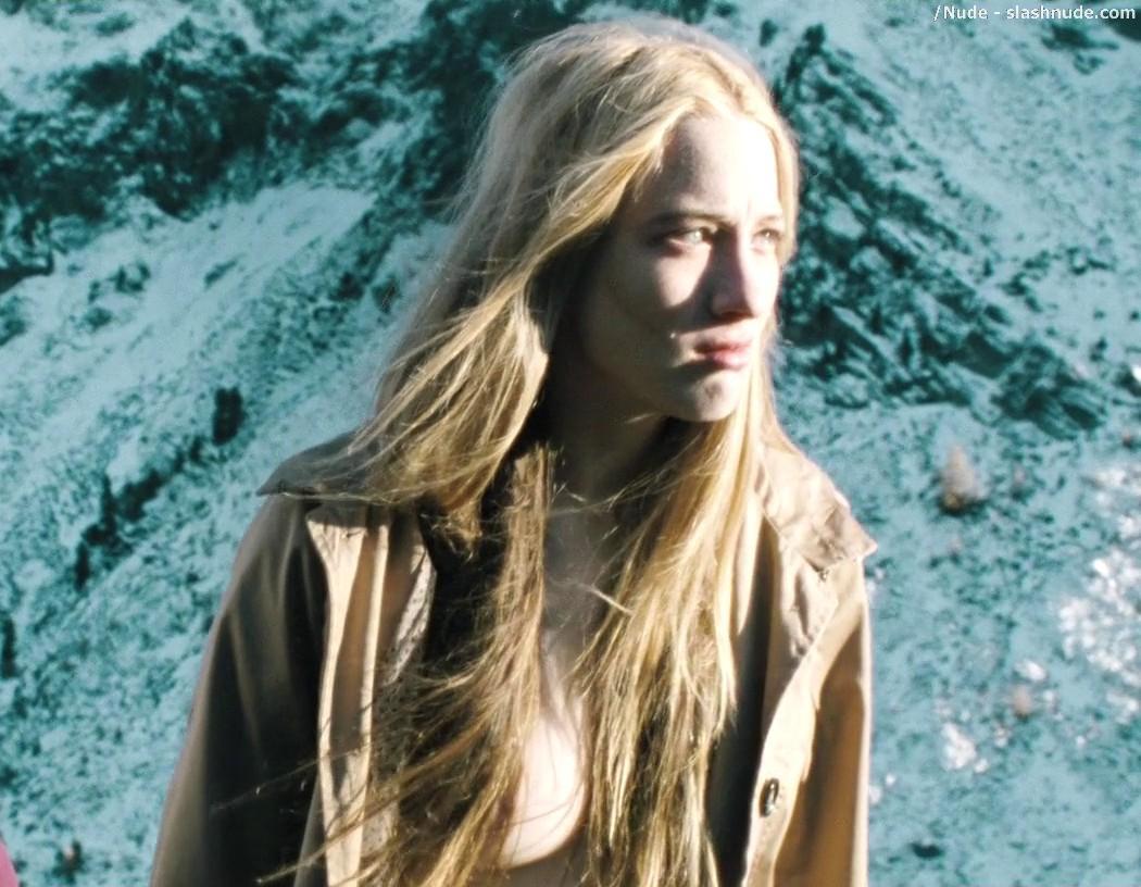 Lowe nude sophie Sophie Monk