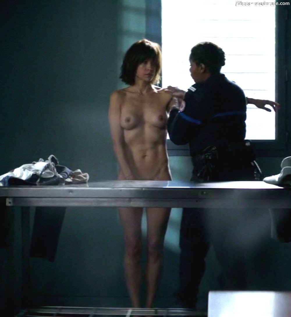 Sophie Marceau Nude For Strip Search In Jailbirds 8