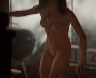 alanna ubach nude top to bottom on hung 7685 17