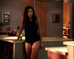 alice hunter topless and casual on house of lies 9095 3