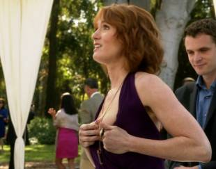alicia witt topless breast out on house of lies 9935 4