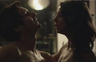 aline kuppenheim nude sex scene in profugos 9842 12