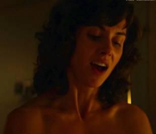 alison brie nude in glow sex scene 4081 20