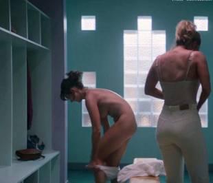 alison brie nude in glow sex scene 4081 6