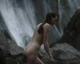 alyssa sutherland nude for a bath outdoors on vikings 5195 10