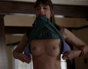 amanda peet topless flash in togetherness 8134 4