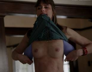 amanda peet topless flash in togetherness 8134 5