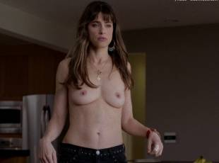 amanda peet topless jeans 360 on togetherness 8084 1