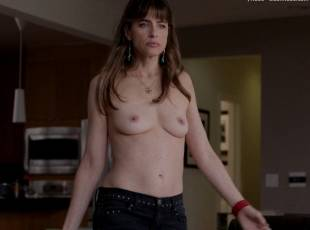 amanda peet topless jeans 360 on togetherness 8084 10