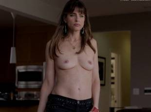 amanda peet topless jeans 360 on togetherness 8084 11