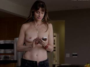 amanda peet topless jeans 360 on togetherness 8084 16