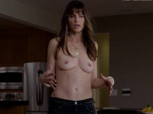 amanda peet topless jeans 360 on togetherness 8084 5