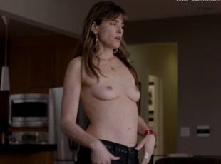 amanda peet topless jeans 360 on togetherness 8084 6