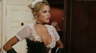 amanda swisten topless as french maid in american wedding 3131 1