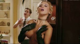 amanda swisten topless as french maid in american wedding 3131 8