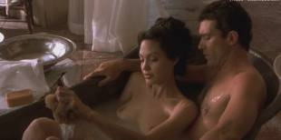 angelina jolie nude in original sin 1410 1