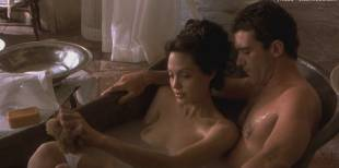 angelina jolie nude in original sin 1410 2