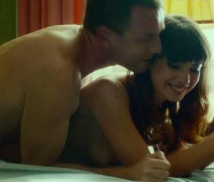 anjela nedyalkova topless in trainspotting 2 3154 12