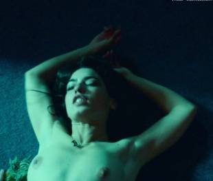 anjela nedyalkova topless in trainspotting 2 3154 5