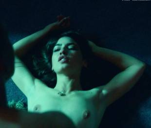 anjela nedyalkova topless in trainspotting 2 3154 9