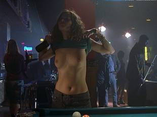 anna friel topless to flash breasts in niagara motel 8306 6