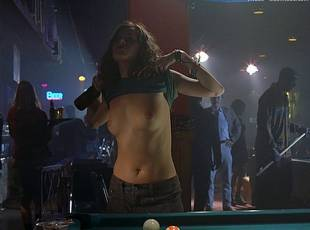 anna friel topless to flash breasts in niagara motel 8306 9
