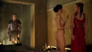 anna hutchison nude for a bath on spartacus 5280 18