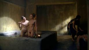 anna hutchison nude for a bath on spartacus 5280 6