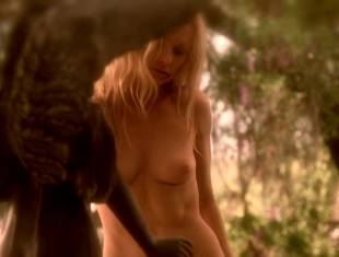 anna paquin nude brings light to season six of true blood 4348 11