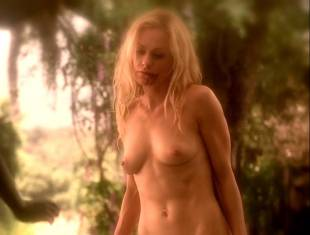 anna paquin nude brings light to season six of true blood 4348 7