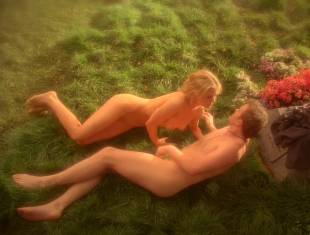 anna paquin nude in daylight grass on true blood 7365 14
