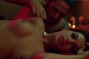 anne hathaway nude in havoc 3250 31