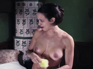 asia argento nude for a fun bath in dracula 8439 7