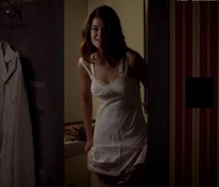 betsy brandt topless on masters of sex 9741 2
