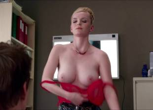 betty gilpin topless for a check up on nurse jackie 2769 3