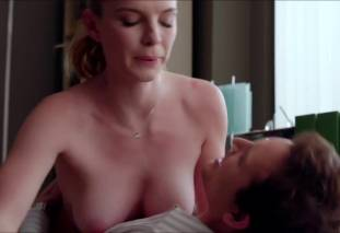 betty gilpin topless to be called names on nurse jackie 6277 16