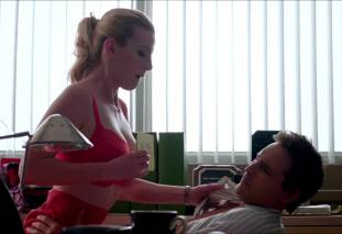 betty gilpin topless to be called names on nurse jackie 6277 6