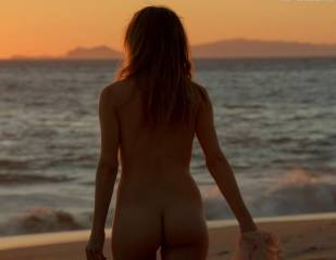 bojana novakovic nude for sex and sand on shameless 3904 37