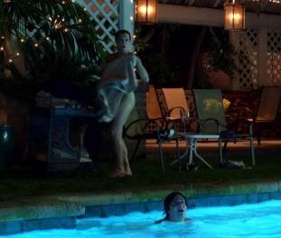 brigette davidovici nude for a seductive swim on californication 2482 11