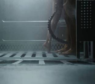 callie hernandez nude in alien covenant 0001 13