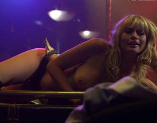 cameron richardson topless in get a job 2550 16