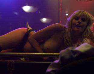 cameron richardson topless in get a job 2550 17