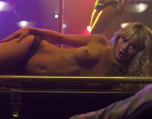 cameron richardson topless in get a job 2550 30