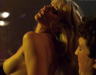 cameron richardson topless in get a job 2550 46
